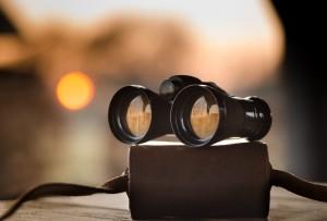 binoculars-1269458_1280